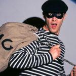 Vádat emeltek a menekülés közben elütött bankrabló ellen