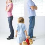 Komoly büntetést szánnak a tartásdíjat nem fizető elvált apáknak